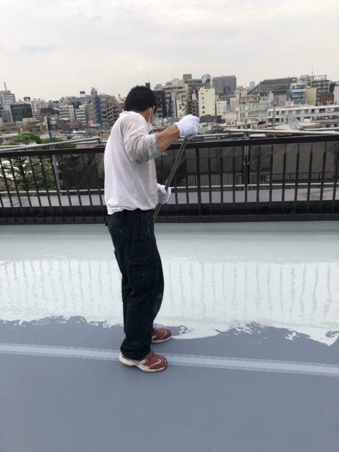 東京都目黒区塗装防水工事施行中