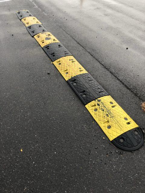 千葉県柏市店舗駐車場減速帯交換工事